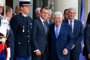 NEWS : Emmanuel Macron recoit Mahmoud Abbas - Paris - 21/09/2018