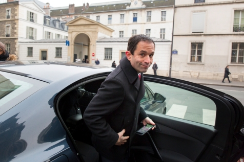 NEWS : Point presse Hamon - Hidalgo sortie visite Hopital - Paris - 11/02/2107