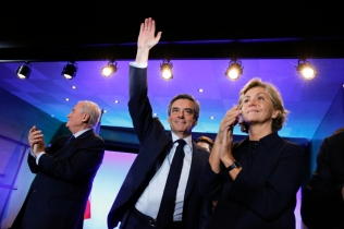 NEWS : Reunion Publique de Francois Fillon - Maisons Alfort - 24/02/2017