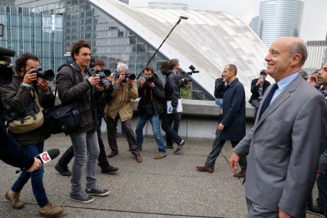 NEWS : Visite d Alain Juppe a la defense - Courbevoie - 25/10/2016